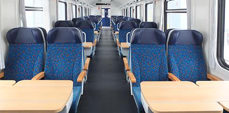 Bdmpee 233 passenger carriage | České dráhy
